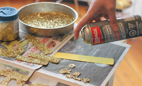DIY glitter banner4
